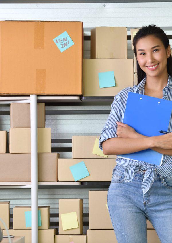 business-woman-entrepreneur-RCQ626N (1)